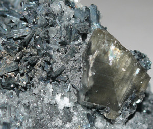 Stibnite in Calcite
